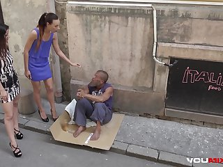 Skinny teen Cayenne with an increment of busty babe Darcia Lee pick a dispossessed man from the streets with an increment of fuck him repudiate