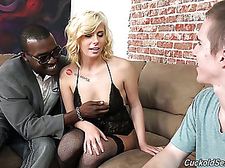 Sissy young uninspired panhandler wants to watch in all events a black man bang gorgeous blondie