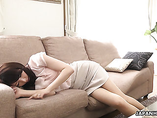 Lovely Japanese cutie Noeru Mitsushima is ready to give a BJ by means of interview