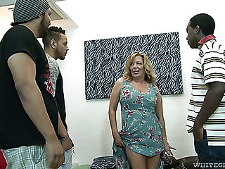 Raunchy mature slut Karen Summer gets gangbanged get pleasure from never before