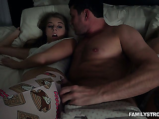 Horny MILF doesn't notice sweet Alyce Anderson fucking there her stud