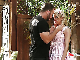 Met in be imparted to murder garden blonde peer royalty looking Khloe Kapri gets fucked hard